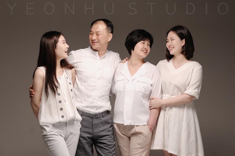 가족 (1).jpg